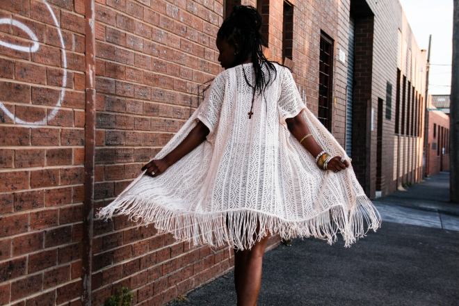 african-fashion-blogger-melbourne-fashion-blogger-lentendre-melbourne-stylist-zimbabwean-blogger-zim-fashion-african-stylists-kimono-denim-shorts